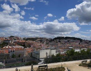 Uitzicht over de stad van Lissabon