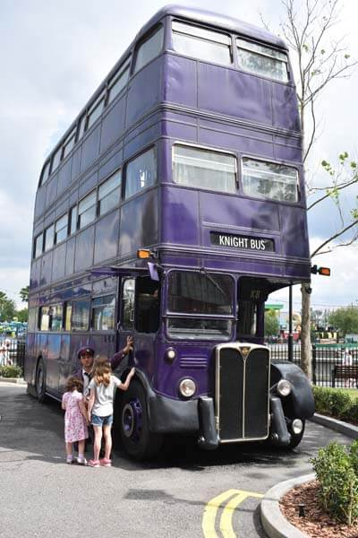 Universal Studios: Harry Potter bus