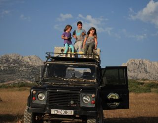 Met de jeep door het Velebit gebergte met kinderen