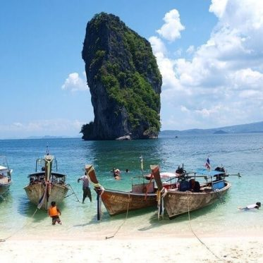 het strand van Krabi