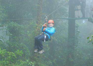 Zweven door het nevelwoud van Monteverde
