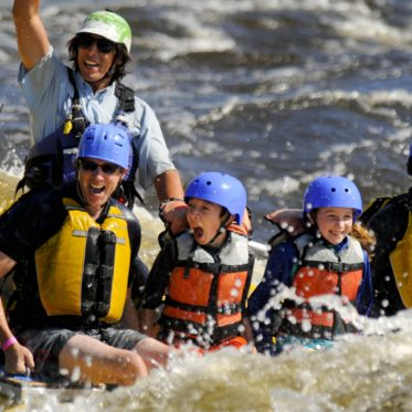 Familie rafting in Canada