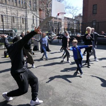 Op stap met echte hip hop dansers