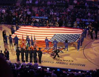 New York Knicks match met kinderen