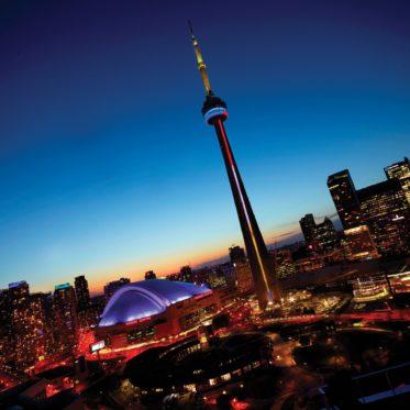 CN tower Toronto: skyline