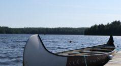 peddelen op het meer in Canada