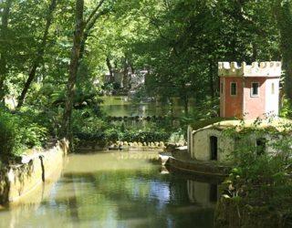 rivier in het sprookjespaleis
