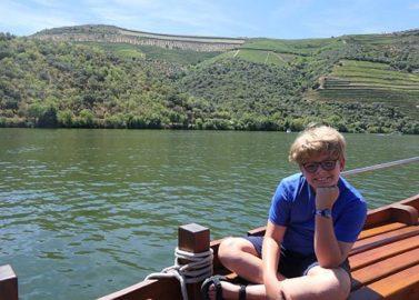 op een Rabelo-boot op de Douro