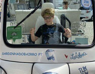 Met de tuktuk door Lissabon