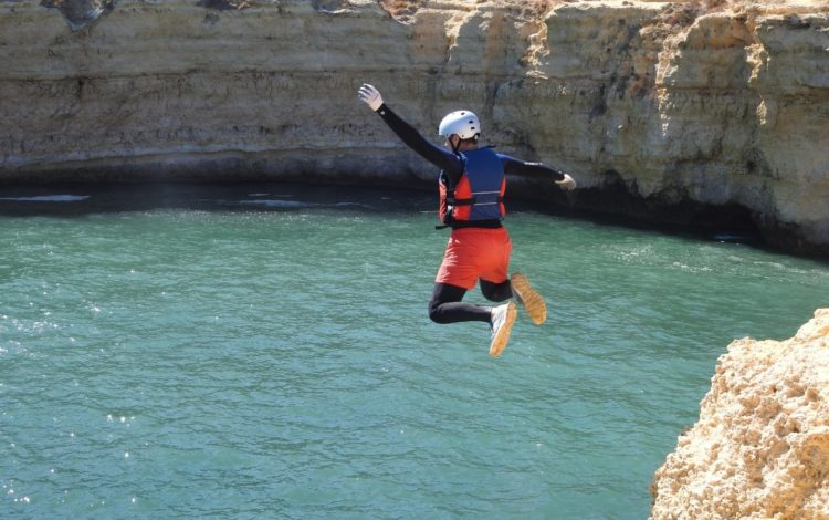 Cliffjump Algarve