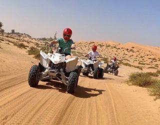 Met de quads tussen de kamelen
